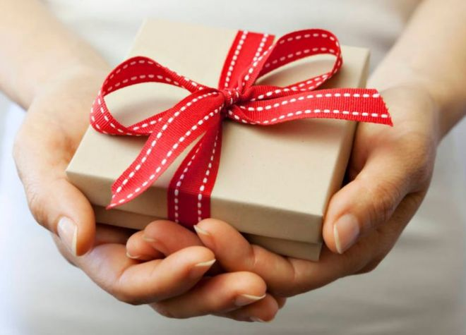 _104945098_giftgivinggettyimages
